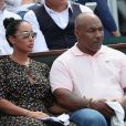 Mike Tyson et sa femme Lakiha Spicer dans les tribunes lors des internationaux de France de Roland Garros à Paris le 7 juin 2018. © Cyril Moreau / Bestimage