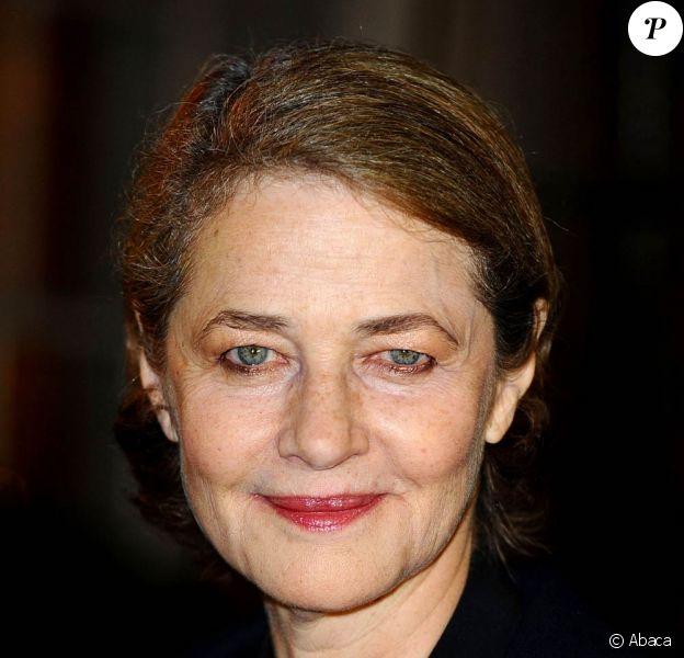 Charlotte Rampling, à l'occasion de la cérémonie de clôture du 53e London Film Festival, à Londres, le 28 octobre 2009 !