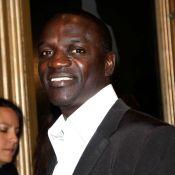 Akon : Le portrait de son idole sculpté sur... l'arrière de son crâne !