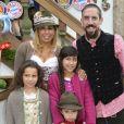 """Franck Ribery célèbre la fête de la bière """"Oktoberfest"""" avec sa femme Wahiba et ses enfants Salif, Shakinez et Hizya à Munich en Allemagne."""