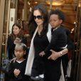 Angelina Jolie, Zahara et Maddox
