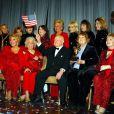 Mickey Rooney est Mr Wonderful 2009, ici avec Nancy Sinatra, Ruta Lee, Ann Rutherford et Debbie Reynolds, le 1er novembre 2009 !