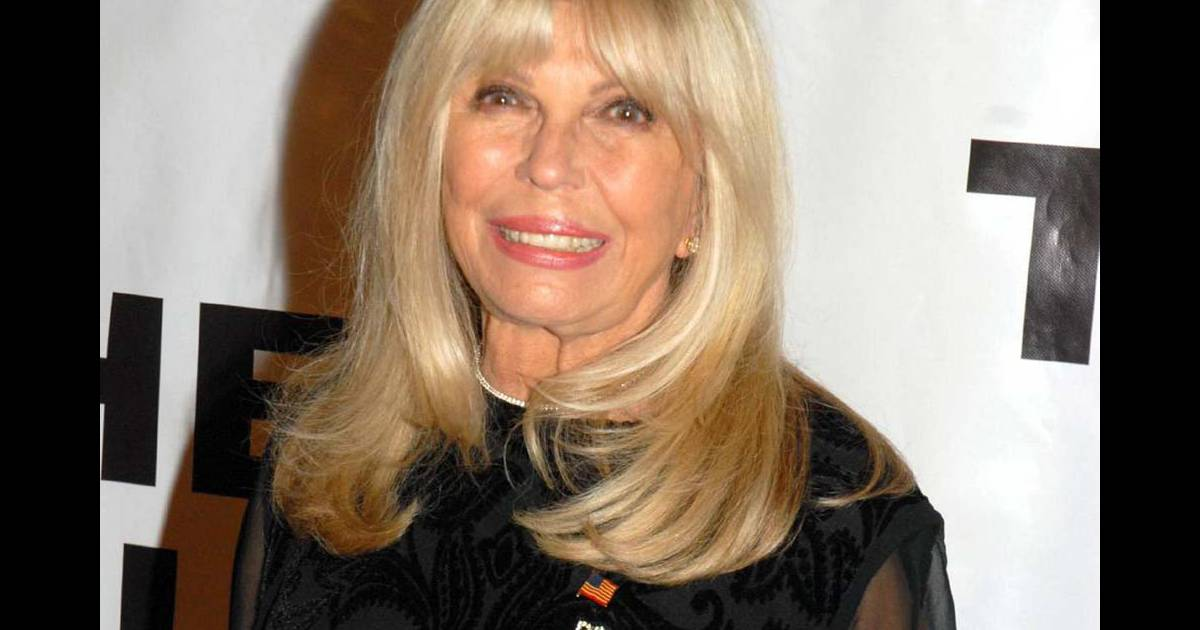 nancy sinatra le 1er novembre 2009. Black Bedroom Furniture Sets. Home Design Ideas