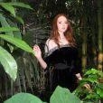 La très charmante Lily Cole inaugure la Sky Rainforest Rescue, un événement dont le but est de sauver des arbres de la forêt amazonienne, à Middlesex, en octobre 2009 !