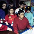Bill Gates (au clavier) en 1995.