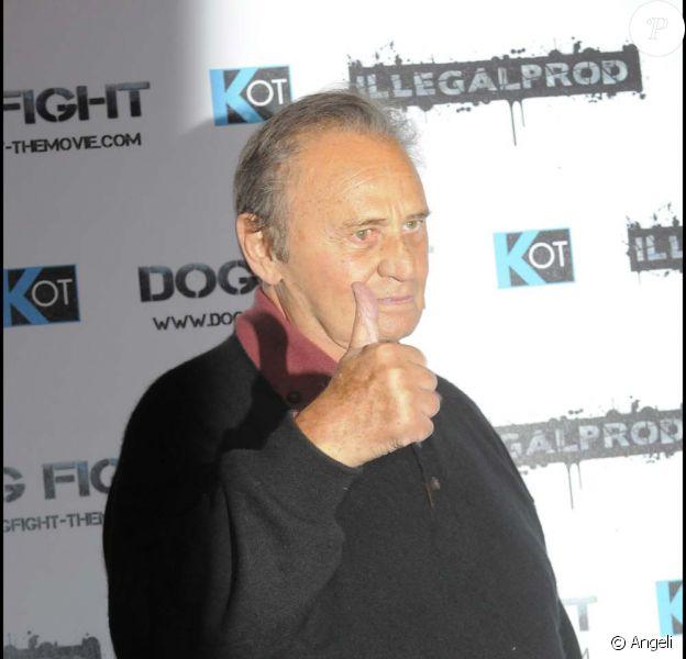 Roger Hanin annonce sa sortie de l'hôpital sur l'antenne de RTL, le 16 novembre 2009