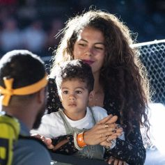 Exclusif - Noura El Shwekh, la femme de Jo-Wilfried Tsonga et leur fils Sugar dans les tribunes du tournoi de tennis Rolex Paris Masters à l'AccorHotels Arena à Paris le 31 octobre 2019.