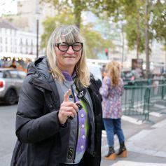Christine Bravo quitte les studios de RTL à Neuilly-sur-Seine, le 23 octobre 2020.