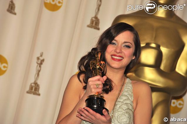 Marion Cotillard remporte l' Oscar de la Meilleure actrice pour 'La Môme' !