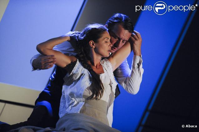 Barbara Schulz et Samuel Le Bihan dans la pièce Parole et guérison