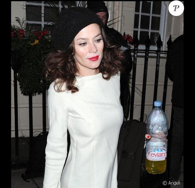 Anna Friel à Londres, le 30 novembre 2009