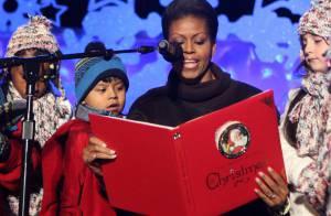 Michelle Obama toujours lookée : Avec ses filles et son mari Barack, elle adore... nous raconter des histoires !