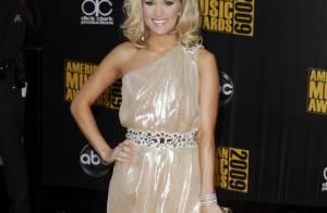 Carrie Underwood : La chanteuse country s'est fiancée !