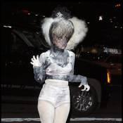 Découvrez les 10 tenues les plus extravagantes de l'année 2009... C'est juste mémorable !