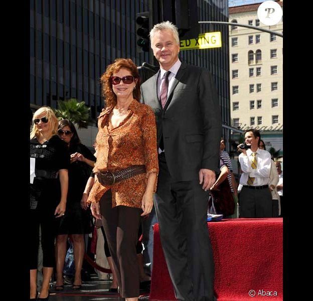 Susan Sarandon avec Tim Robbins sur Hollywood Blvd, en octobre 2008