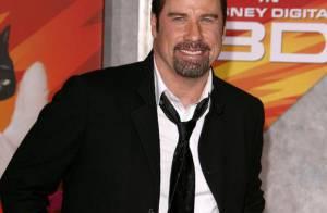 Regardez John Travolta régler violemment ses comptes... à Paris !