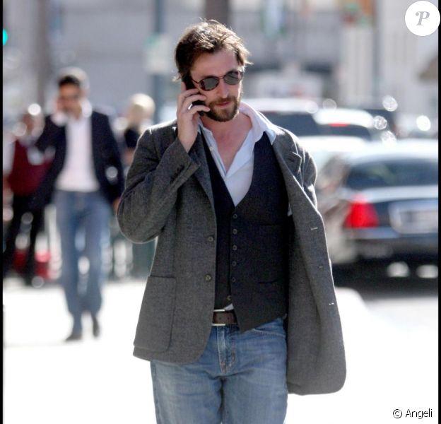 Noah Wyle se rend dans un centre médical à Beverly Hills le 8 janvier 2010