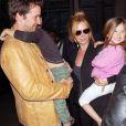 Noah Wyle et Tracy Warbin avec leur enfant, Owen, âgé de 7 ans et d'une petite fille, Auden, 4 ans