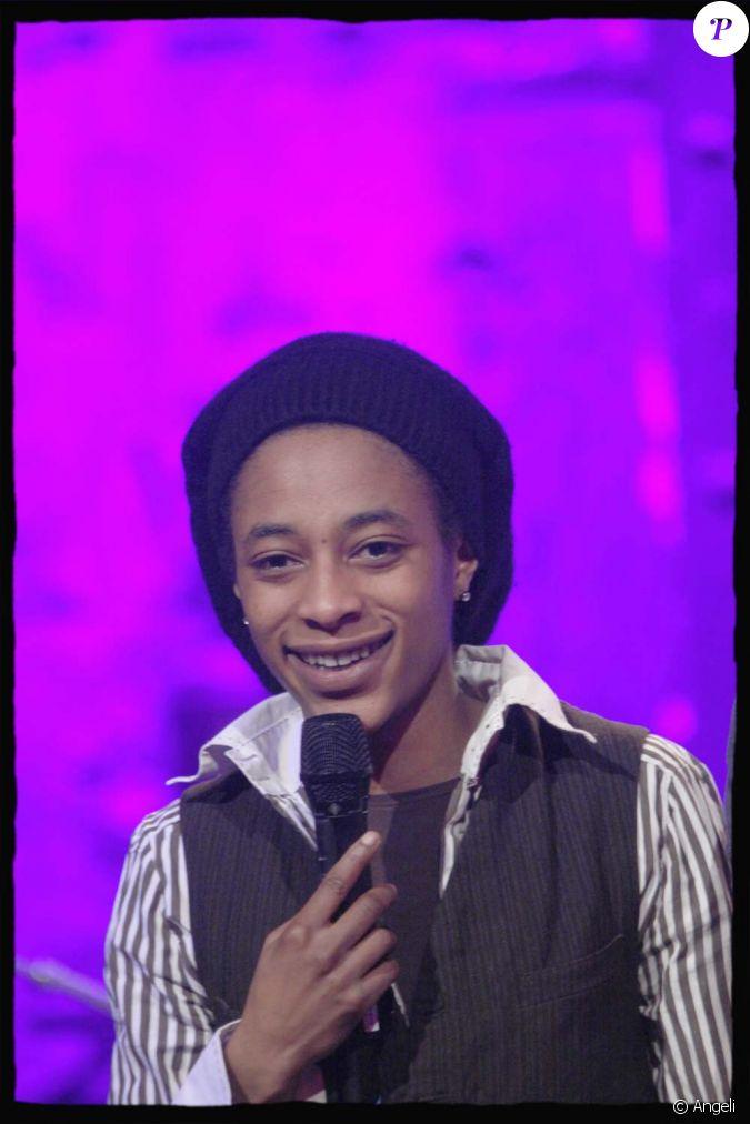 shirley l 39 enregistrement du comedy club live sur le mouv 39 paris le 13 janvier 2010. Black Bedroom Furniture Sets. Home Design Ideas