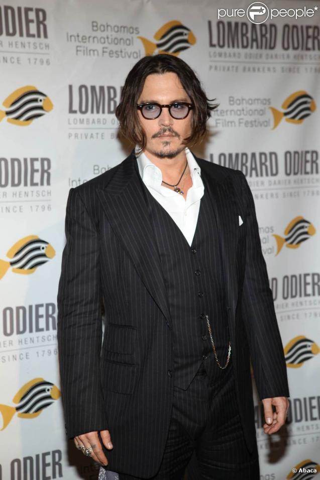 Le beau Johnny Depp est actuellement en Serbie pour le Kustendorf 2010...