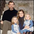 Le prince Felipe d'Espagne sa femme Letizia et leurs adorables fillettes.