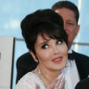 Isabelle Adjani réclame de l'argent à son ex-compagnon... Le très controversé chirugien Stéphane Delajoux !