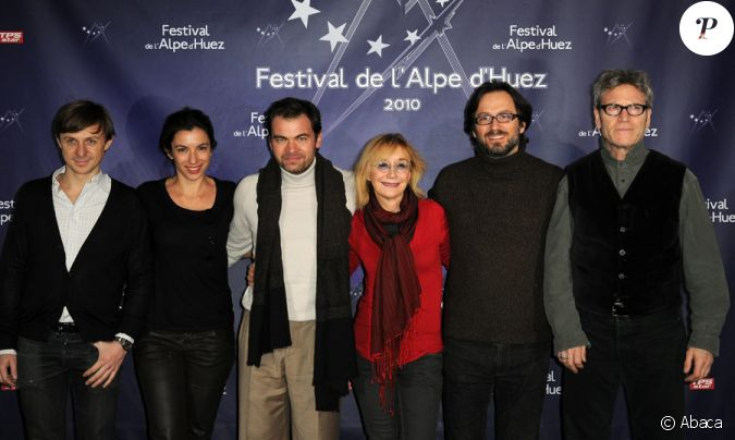 les membres du jury lors du festival de l 39 alpe d 39 huez le 20 janvier 2010 martin solveig aure. Black Bedroom Furniture Sets. Home Design Ideas