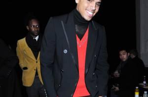 Fashion Week : Regardez Jean-Paul Gaultier mettre Chris Brown face à son lourd passé... tout en glamour !