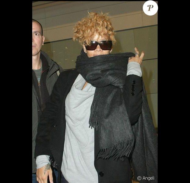 Rihanna à l'aéroport d'Heathrow en Angleterre, le 22 janvier 2010