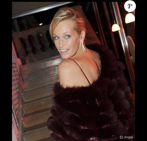 Estelle Lefébure au Dîner de la mode le 28 janvier 2010