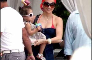 Jennifer Lopez : Revivez sa folle journée autour d'une luxueuse piscine... avec ses bambins, déjà griffés !