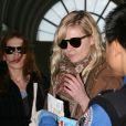 Kirsten Dunst et un ami lors d'un déjeuner le 6 février à Venice Beach