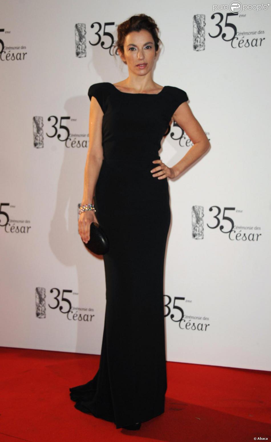 d75dcc117ad La longue robe noire