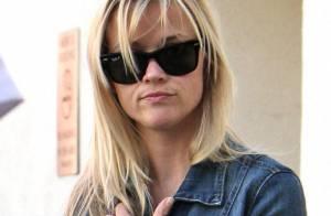Reese Witherspoon : une superwoman qui passe d'un look pyjama à un style so chic !
