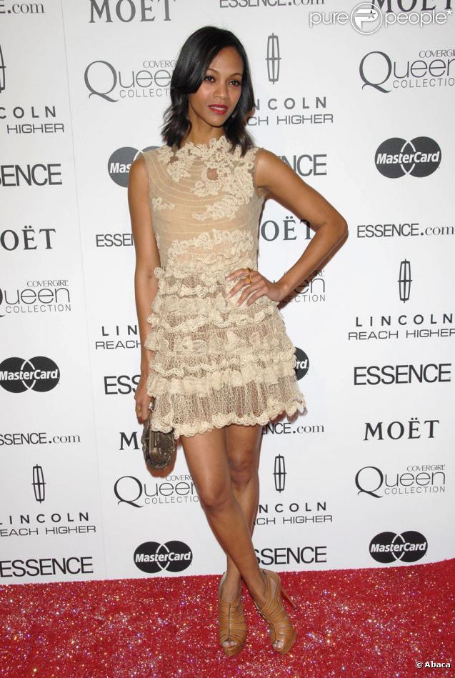 Zoe Saldana lors de la soirée Essence Black Women à Beverly Hills le 4 mars 2010