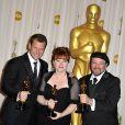 Joel Harlow, Mindy Hall et Barney Burman (lauréats pour le maquillage de Star Trek)dans la ''press room'' des Oscars le 7 mars 2010