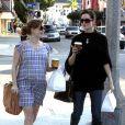 Amy Adams fait du shopping à Los Angeles le 11 mars 2010