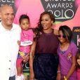 Melanie Brown, venue en famille avec son époux Stephen Belafonte lors de la 23e cérémonie des Kids' Choice Awards, samedi 27 mars.