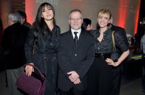 PHOTOS : Monica Belucci félicite le directeur du Festival de Cannes pour sa légion d'honneur...