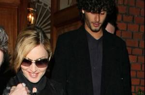 Quand Madonna sort avec ses copines Gwyneth Paltrow et Stella McCartney... Jesus Luz est là aussi !