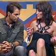 Kelly s'explique avec David, alias Capitaine Crochet!