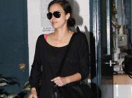 Jessica Alba : Elle cultive un look relax mais elle chouchoute ses atouts de femme...