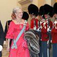 Le 13 avril 2010, la reine Margrethe II de Danemark recevait 400 convives dont sa famille - sa soeur Benedicte, ses fils Frederik et Joachim et leurs sublimes épouses Mary et Marie - au palais Christiansborg pour le dîner de ses 70 ans...