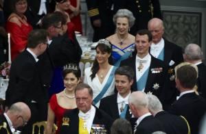La reine Margrethe de Danemark, devant 400 convives et ses divines belles-filles,