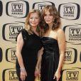 Les drôles de dames Cheryl Ladd et Jaclyn Smith  pour la 8ème cérémonie de TV LAnd Awards (17 avril à Culver City, USA)