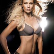 Daniela Pestova : Le superbe top signe un retour tout en sensualité... et en lingerie !