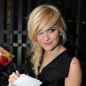 Pixie Lott : La plus sexy des businesswomen !