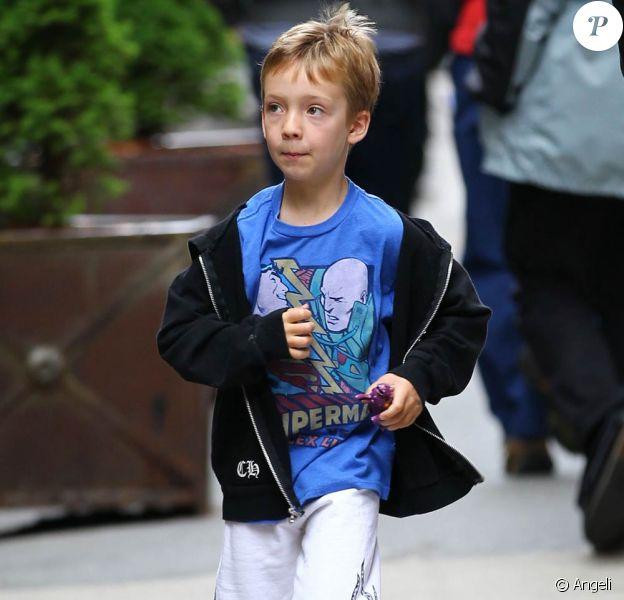 Le petit Ryder Hudson, fils de Kate Hudson, sur le tournage de Something Borrowed, à New York, le 28 avril 2010.