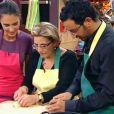 Ursula Andress dans Kitchen Connection avec Cyril Hanouna