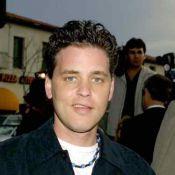 Corey Haim : La star de Génération perdue n'est pas morte d'une overdose médicamenteuse !